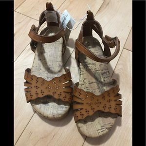 NWT Toddler Sandals Sz 7